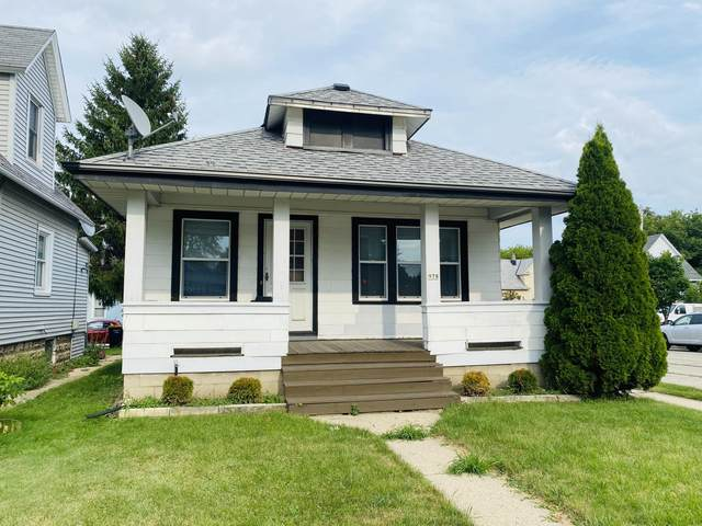 978 S 60th St, West Allis, WI 53214 (#1704136) :: OneTrust Real Estate