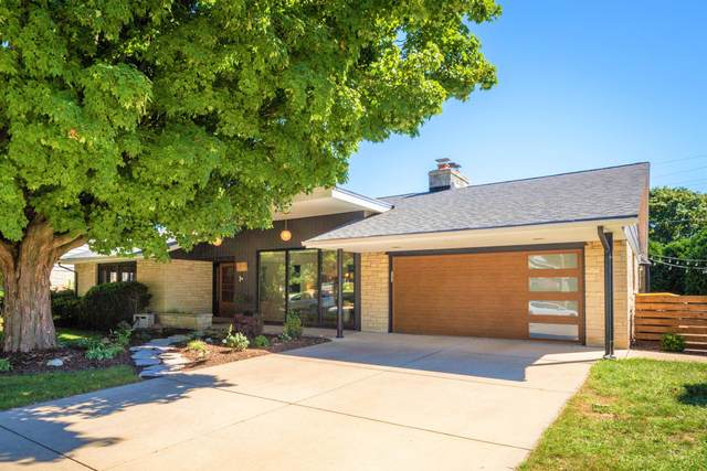 3250 N 104th St, Wauwatosa, WI 53222 (#1704139) :: OneTrust Real Estate