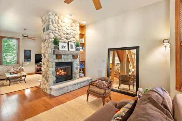 W276N5141 Lynndale Ln, Lisbon, WI 53072 (#1704151) :: NextHome Prime Real Estate