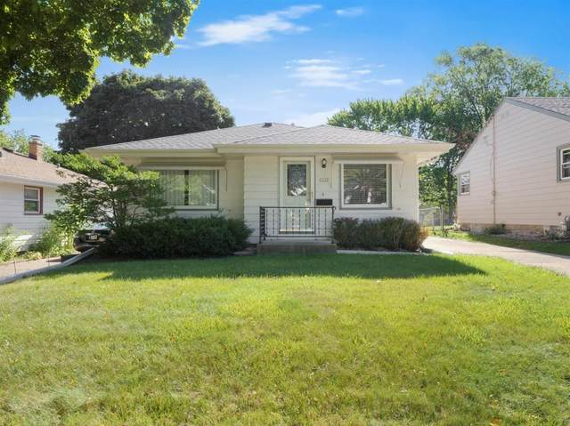1212 S 90th Street, West Allis, WI 53214 (#1704167) :: OneTrust Real Estate