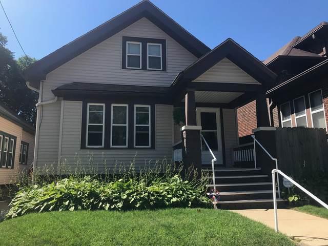 2027 W Pierce, Milwaukee, WI 53204 (#1704174) :: OneTrust Real Estate