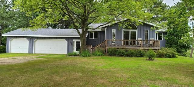 W19438 Sawmill Rd, Caledonia, WI 54630 (#1704180) :: NextHome Prime Real Estate