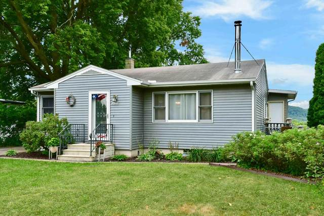 24323 3rd St, Trempealeau, WI 54661 (#1704316) :: NextHome Prime Real Estate