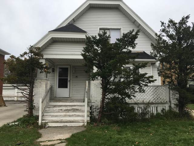 4130 N Green Bay Ave, Milwaukee, WI 53209 (#1704421) :: NextHome Prime Real Estate