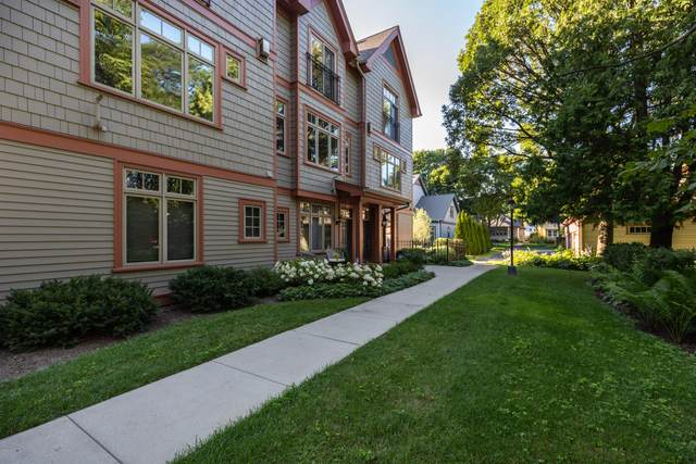2226 E Edgewood Ave, Shorewood, WI 53211 (#1704478) :: Tom Didier Real Estate Team