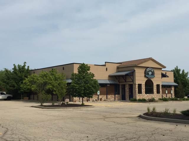 8950 S 27th St, Oak Creek, WI 53154 (#1704488) :: NextHome Prime Real Estate