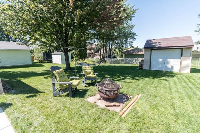 3080 E Stonefield Dr., Oak Creek, WI 53154 (#1704562) :: NextHome Prime Real Estate