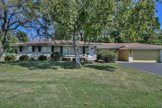 N51W15294 Susan Dr, Menomonee Falls, WI 53051 (#1704711) :: OneTrust Real Estate