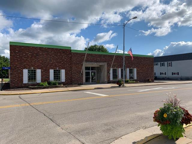 301 W Main St, Lena, WI 54139 (#1705222) :: OneTrust Real Estate