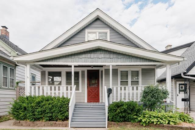 1967 S 69th St, West Allis, WI 53219 (#1705351) :: NextHome Prime Real Estate