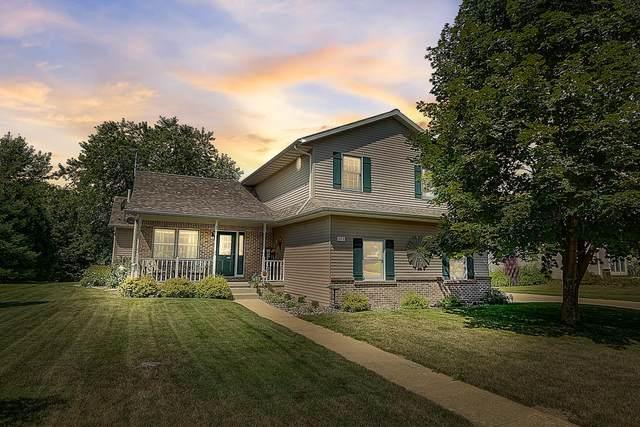 673 Emmer St, Mayville, WI 53050 (#1705386) :: NextHome Prime Real Estate