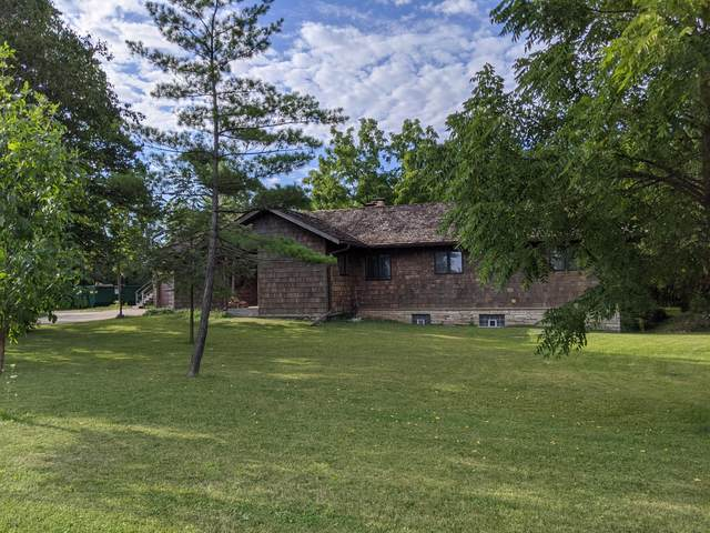 3109 W 7 Mile Rd, Raymond, WI 53108 (#1705595) :: EXIT Realty XL