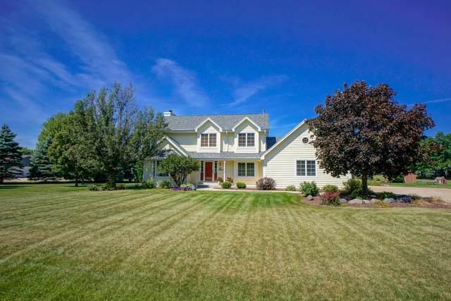 S83W32640 Maggi Ln, Mukwonago, WI 53149 (#1705626) :: OneTrust Real Estate
