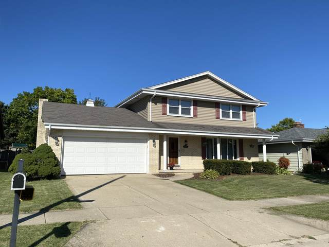 5226 39th St, Kenosha, WI 53144 (#1705682) :: RE/MAX Service First Service First Pros