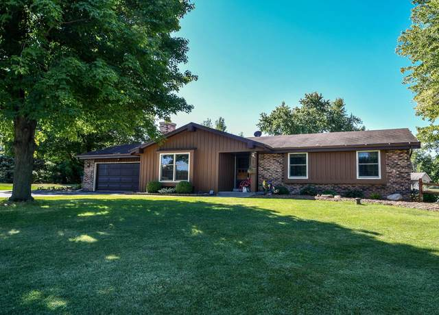 S84W27645 Beaver Trl, Vernon, WI 53149 (#1706013) :: NextHome Prime Real Estate