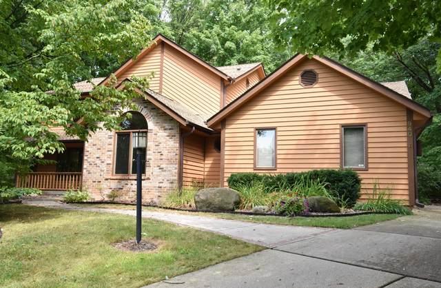940 Satinwood Ct, Brookfield, WI 53005 (#1706044) :: OneTrust Real Estate