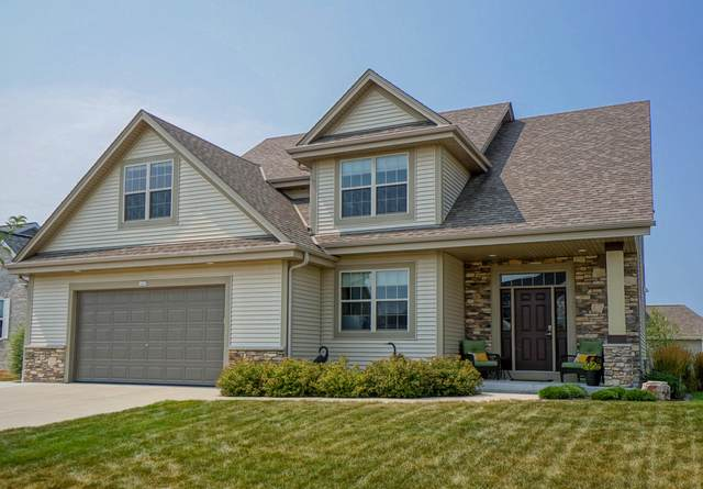 1420 Blazing Star Dr, Oconomowoc, WI 53066 (#1706225) :: OneTrust Real Estate