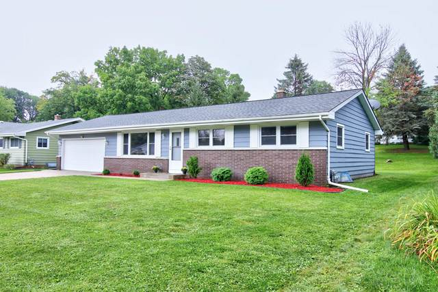 953 Dooley Rd, Plymouth, WI 53073 (#1706466) :: RE/MAX Service First Service First Pros