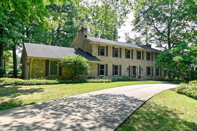 19105 Benington Dr, Brookfield, WI 53045 (#1706590) :: NextHome Prime Real Estate