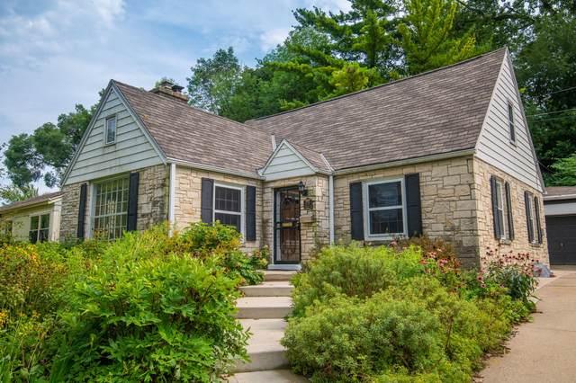 5731 W Trenton Pl, Milwaukee, WI 53213 (#1706965) :: NextHome Prime Real Estate