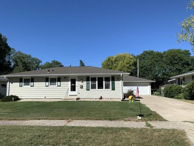 433 S Kendrick Ave, Burlington, WI 53105 (#1707219) :: NextHome Prime Real Estate