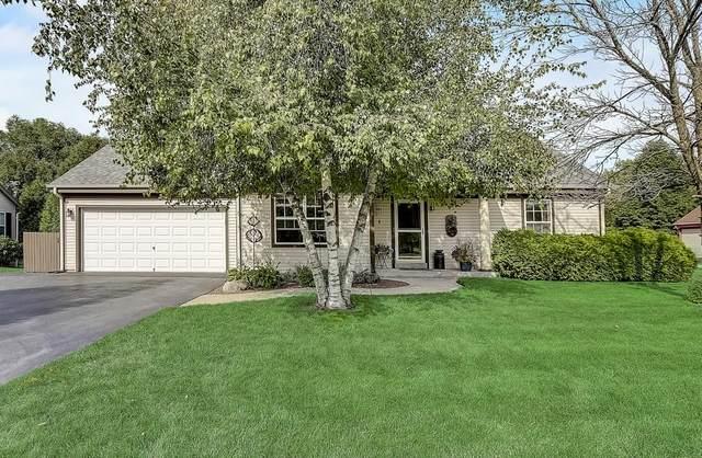 207 Cramer Ave, Dousman, WI 53118 (#1707241) :: NextHome Prime Real Estate