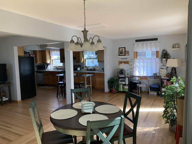 4690 N 126th St #4692, Butler, WI 53007 (#1707581) :: RE/MAX Service First Service First Pros