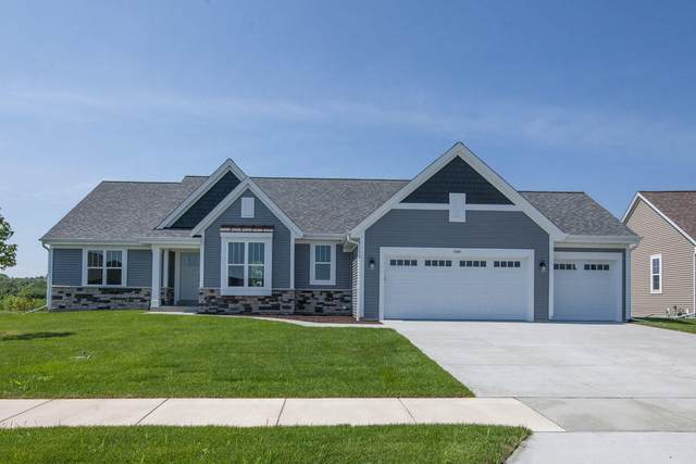 1337 Bluestem Trl, Oconomowoc, WI 53066 (#1707656) :: OneTrust Real Estate