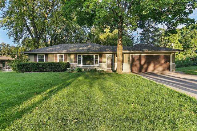 930 Alfred St, Brookfield, WI 53005 (#1707830) :: NextHome Prime Real Estate