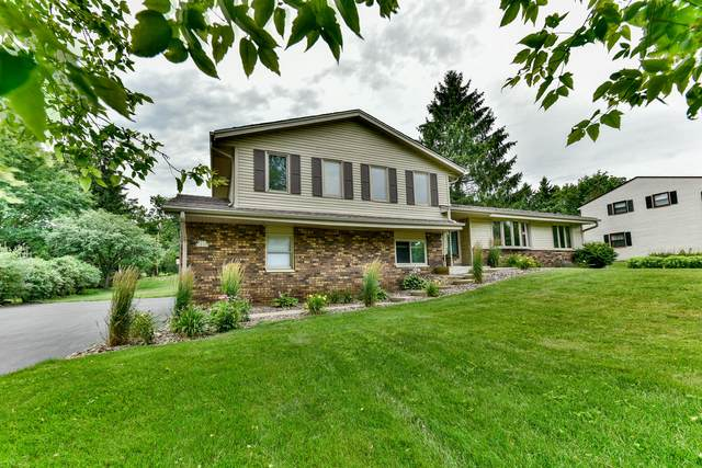 W213N10167 Beech Dr, Germantown, WI 53017 (#1707940) :: Tom Didier Real Estate Team