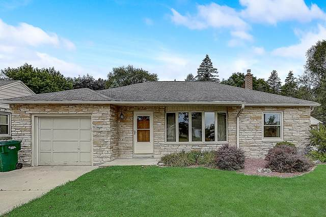 221 N Dries St, Saukville, WI 53080 (#1708106) :: Tom Didier Real Estate Team