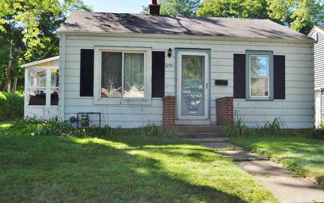 3455 S Logan Ave, Milwaukee, WI 53207 (#1708199) :: RE/MAX Service First Service First Pros