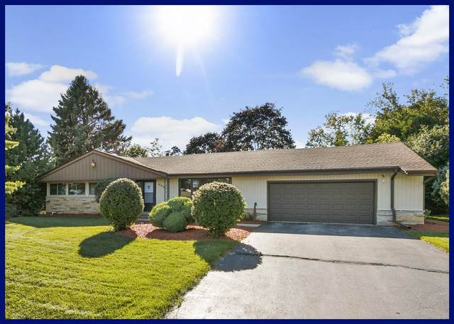 6901 N 98th St, Milwaukee, WI 53224 (#1708388) :: Tom Didier Real Estate Team