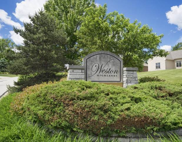 18675 Patti Ln, Brookfield, WI 53045 (#1708439) :: OneTrust Real Estate