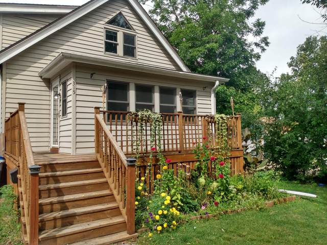 315 N 61st St, Milwaukee, WI 53213 (#1708584) :: RE/MAX Service First Service First Pros