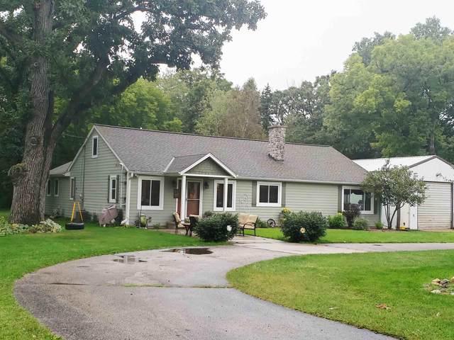 W377S5229 Pretty Lake Rd, Ottawa, WI 53118 (#1708730) :: NextHome Prime Real Estate