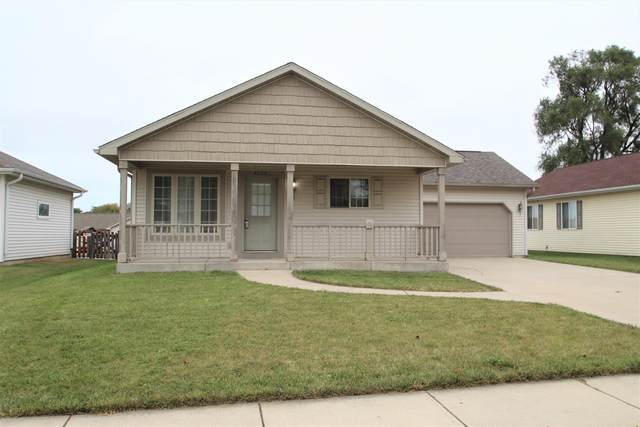 4523 38th Ave, Kenosha, WI 53144 (#1708896) :: OneTrust Real Estate
