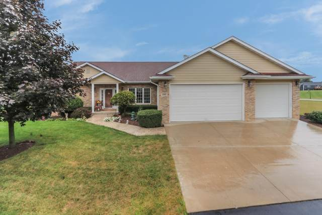 595 Tindalls Nest, Twin Lakes, WI 53181 (#1708932) :: Tom Didier Real Estate Team