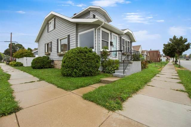 9301 W Greenfield Ave, West Allis, WI 53214 (#1708955) :: RE/MAX Service First Service First Pros