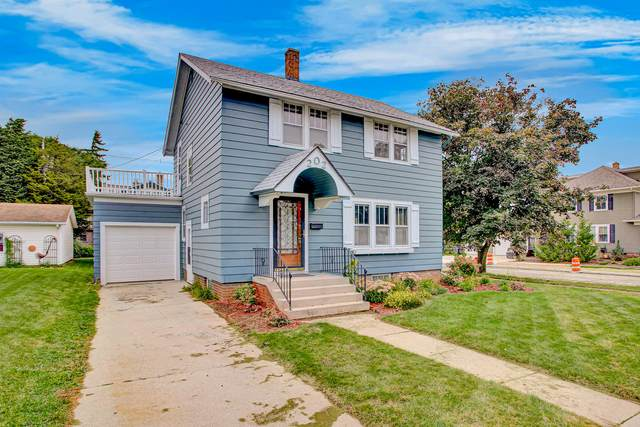 202 Western Ave, Sheboygan Falls, WI 53085 (#1709062) :: RE/MAX Service First Service First Pros