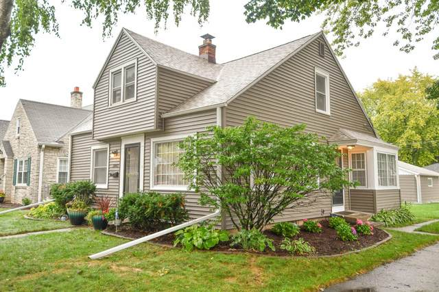 3002 N 80th St, Milwaukee, WI 53222 (#1709206) :: RE/MAX Service First Service First Pros