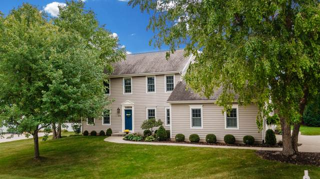 414 Fox River Hills Dr, Waterford, WI 53185 (#1709245) :: Tom Didier Real Estate Team