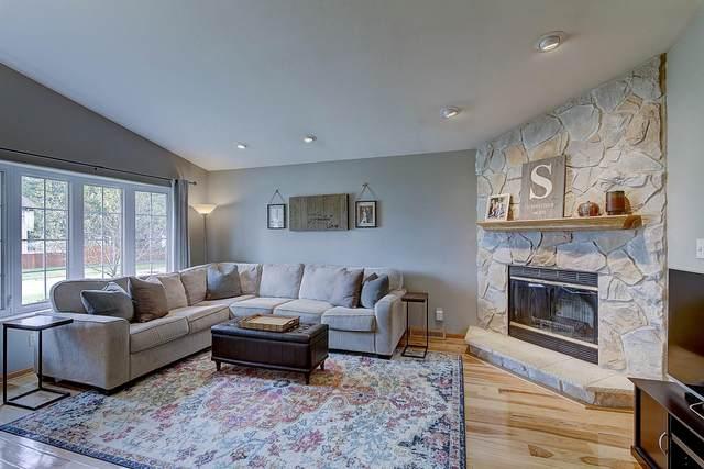 1195 E Randy Rd, Oak Creek, WI 53154 (#1709251) :: OneTrust Real Estate
