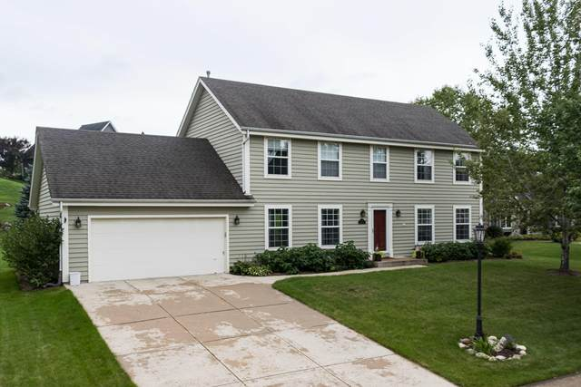 374 Westfield Way, Pewaukee, WI 53072 (#1709474) :: RE/MAX Service First Service First Pros