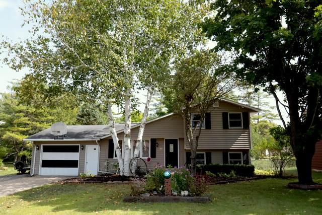 214 Linda Lane, Coleman, WI 54112 (#1709827) :: OneTrust Real Estate