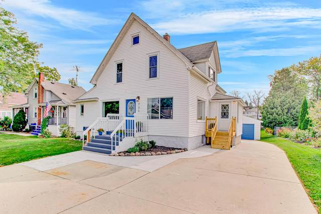 731 Pine St, Sheboygan Falls, WI 53085 (#1709870) :: RE/MAX Service First Service First Pros