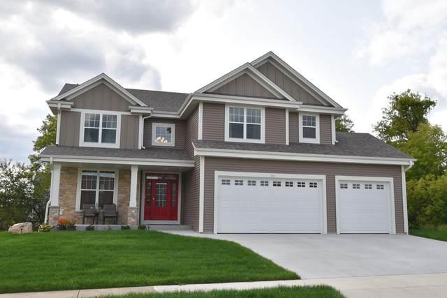 329 Yosemite Ave, Hartford, WI 53027 (#1709968) :: Tom Didier Real Estate Team