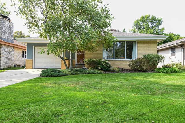 1223 S 118th St, West Allis, WI 53214 (#1710218) :: Tom Didier Real Estate Team
