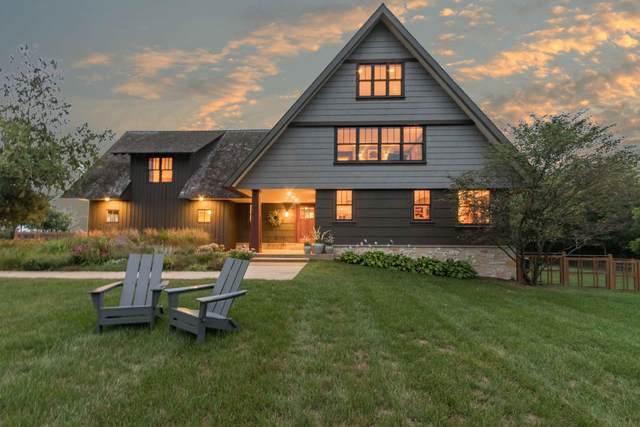 828 Wood Thrush Ln, Richfield, WI 53017 (#1710318) :: OneTrust Real Estate