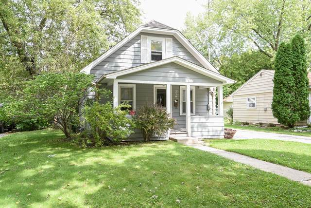 322 Palmer St, Waukesha, WI 53188 (#1710471) :: OneTrust Real Estate